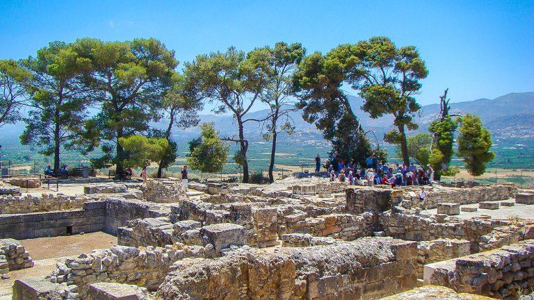 Festos archeologinė vietovė centrinėje Kretoje. Čia buvo rastas žymusis Festos diskas, saugomas Herakliono archeologiniame muziejuje.