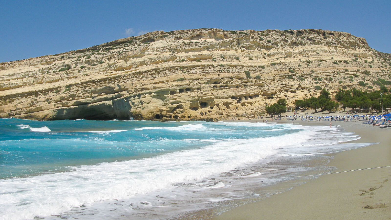 Matalos paplūdimys ir legendiniai urvai