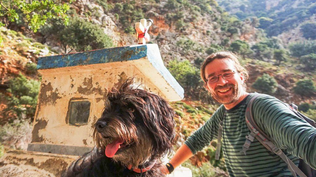 Vaiduoklių tarpeklis centrinėje Kretoje. Audrius ir Mimi. Kreta, Graikija   Mano Kreta