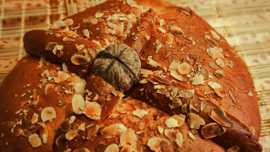 "Kalėdų duona ""christopsomo"". Kreta, Graikija   Mano Kreta"