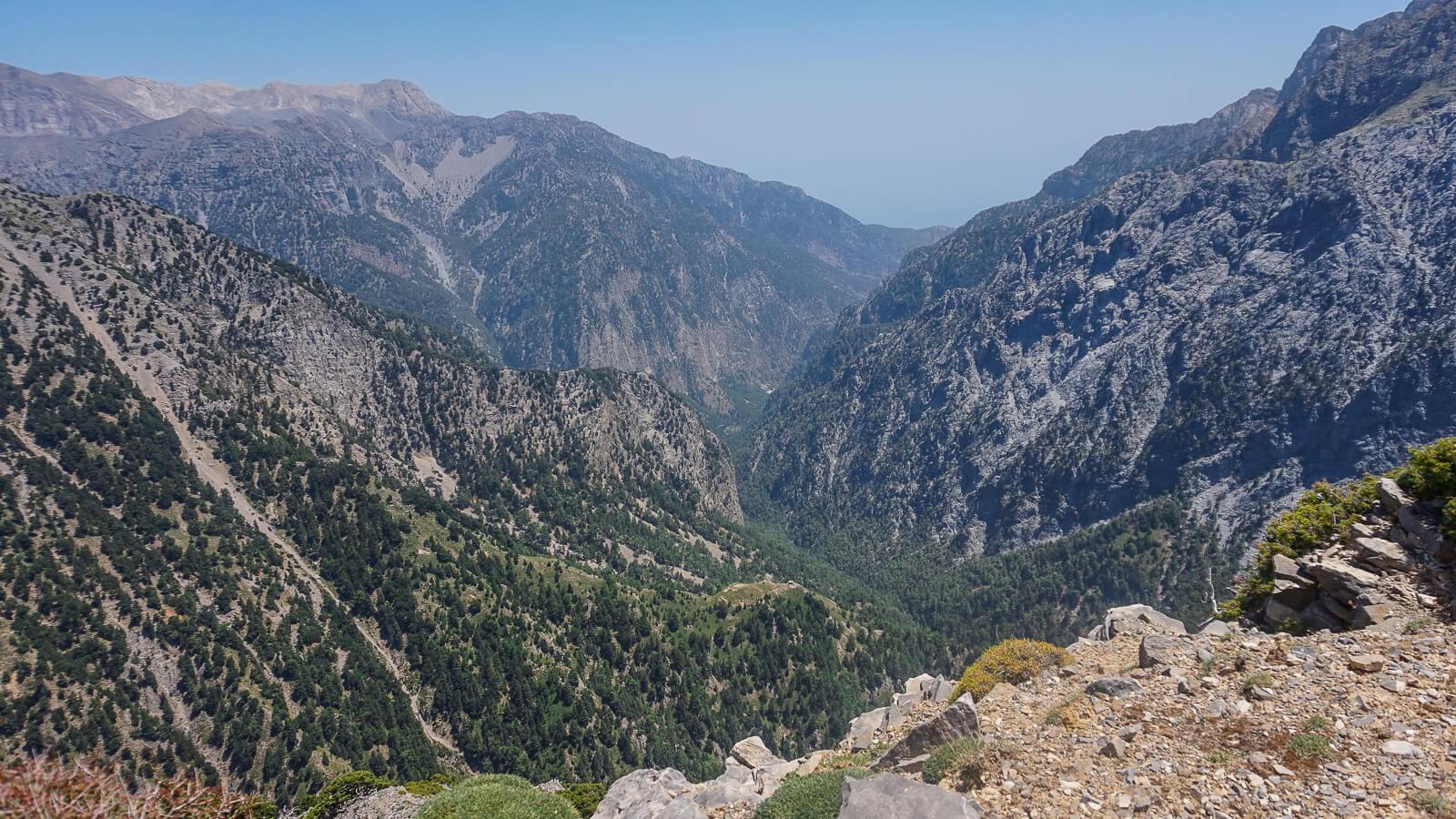 Samarija – pėsčiomis tarpekliu tarp Baltųjų kalnų