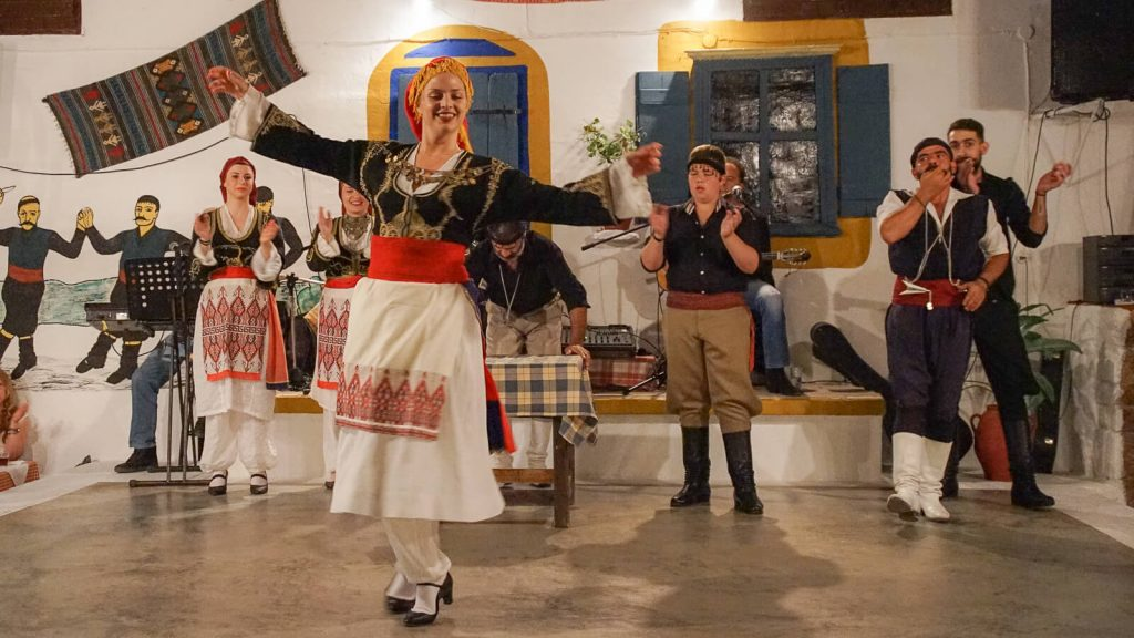 Kretietiškas vakaras Ano Karouzanos kaime. Kreta, Graikija | Mano Kreta