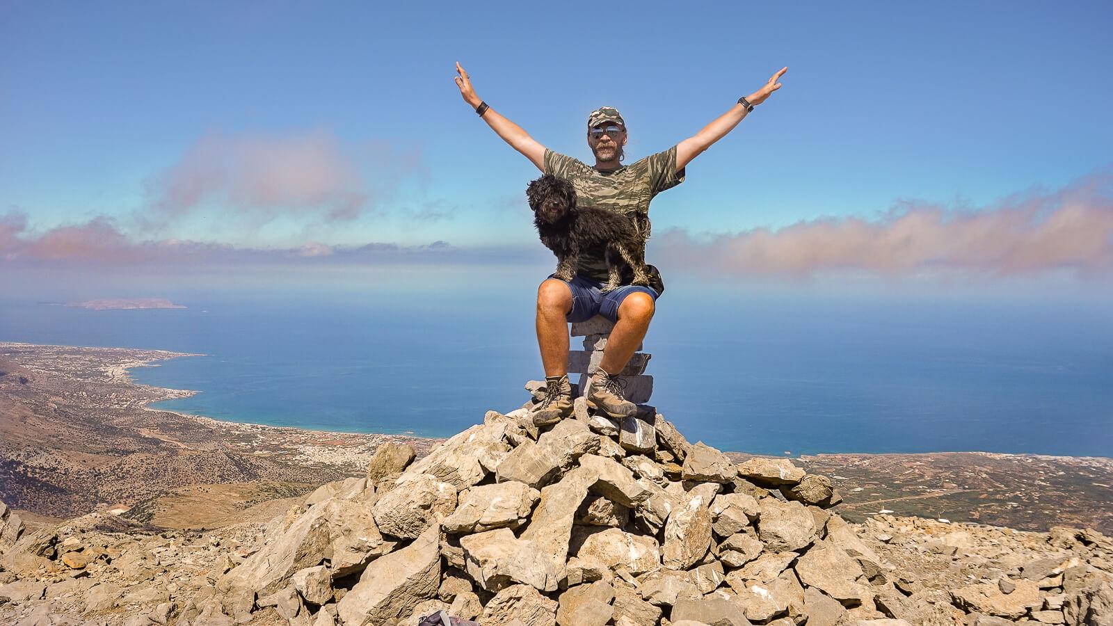 Pėsčiųjų žygiai Kretoje į kalnus ir tarpeklius
