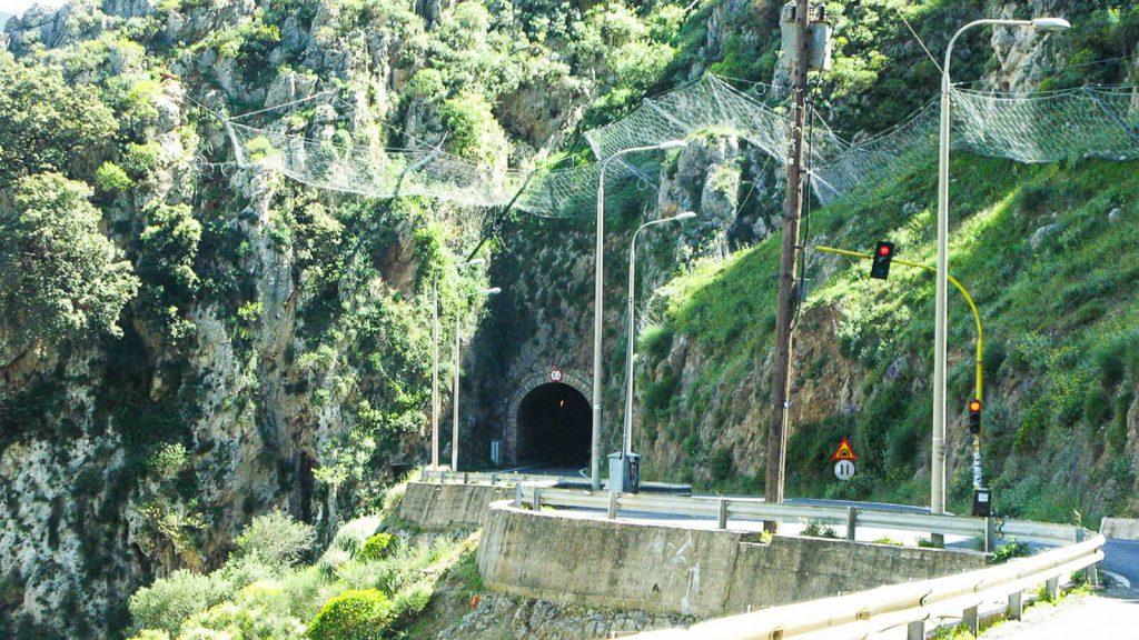 Topolia tunelis. Kreta, Graikija   Mano Kreta