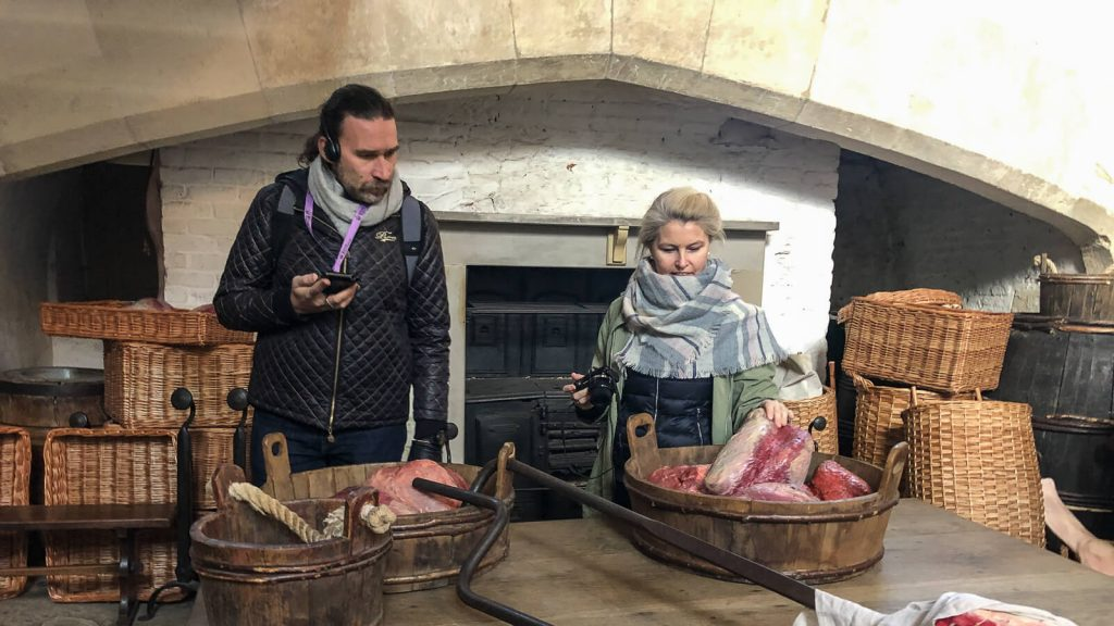 Kiek Anglijoje yra Graikijos? III dalis – Karališkieji Hampton (Hemptono) rūmai. Virtuvėje. UK | Mano Kreta