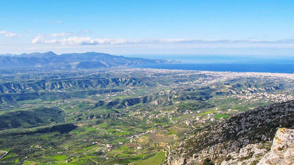 Jiouchtas – šventas Kretos kalnas. Vaizdas į Heraklioną. Kreta, Graikija | Mano Kreta