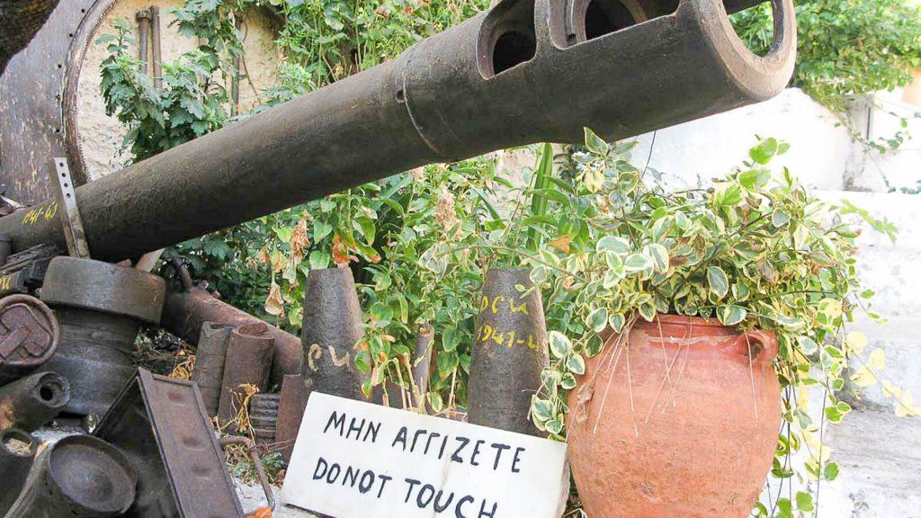Karo muziejus Kares kaime – lauko ekspozicija. Kreta, Graikija   Mano Kreta