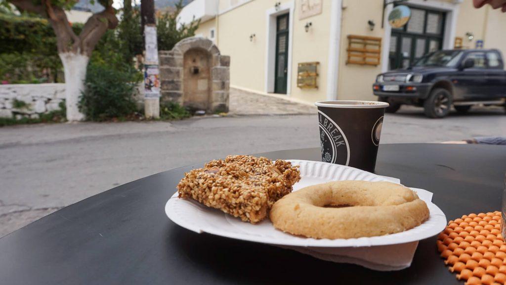 Lauksime sugrįžtant. Kava nuo tėvo Charalambo. Kreta, Graikija   Mano Kreta