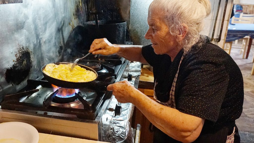 Pusryčiai pas ponią Olgą. Kreta, Graikija | Mano Kreta
