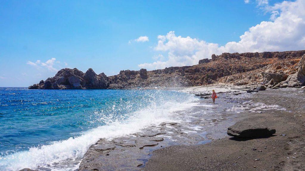 Trafoulas – paplūdimys su mistiniais ženklais. Banguoja. Kreta, Graikija | Mano Kreta