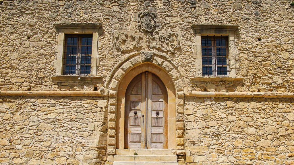 Villa De Mezzo – venecijietiškas rytų Kretos brangakmenis. Įėjimas į vilą. Kreta, Graikija | Mano Kreta