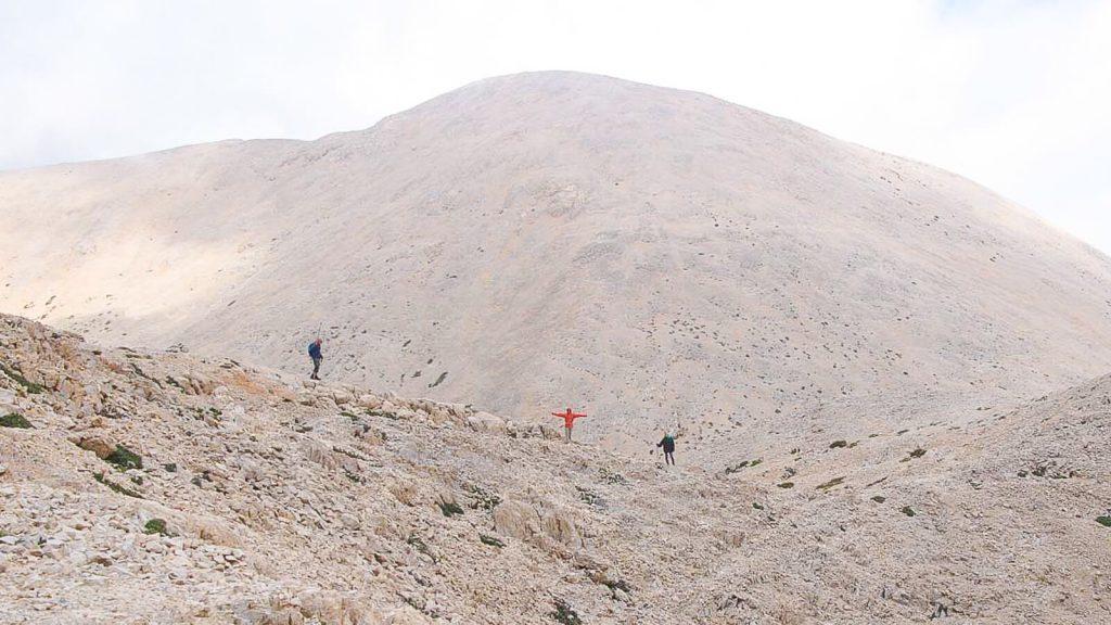 Į Pachnes viršūnę – su Audre ir Gintaru. Trijule kalnuose. Kreta, Graikija | Mano Kreta
