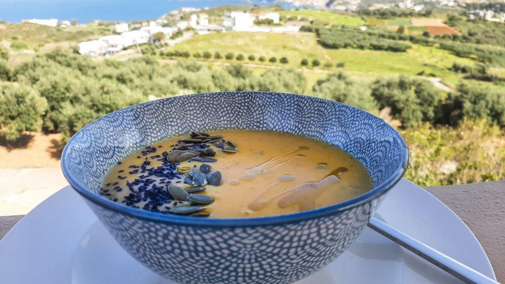 Trinta moliūgų-lęšių sriuba. Graikija   Mano Kreta